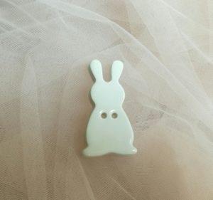 coniglietto bottoncino ceramica